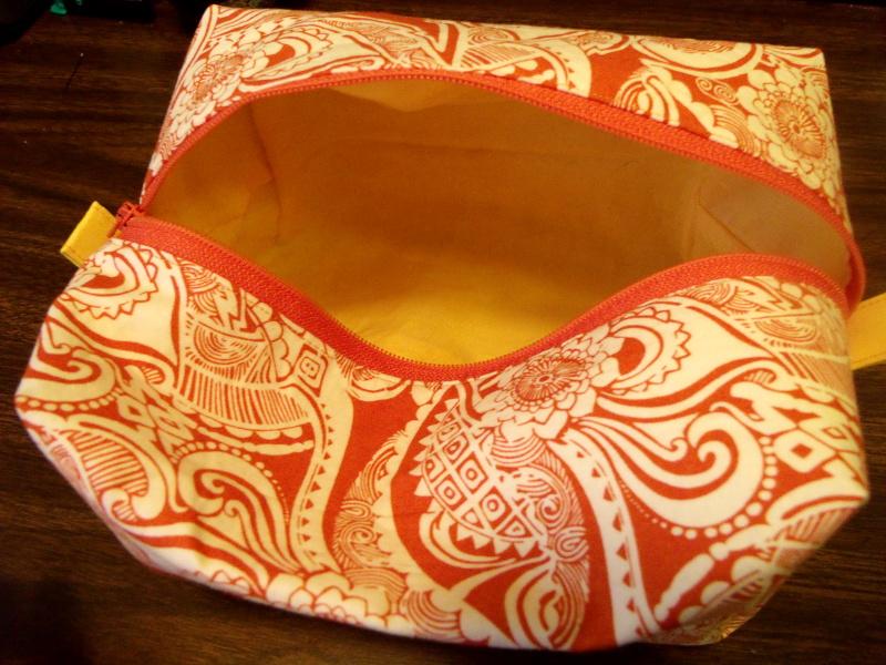 Boxy bag lining